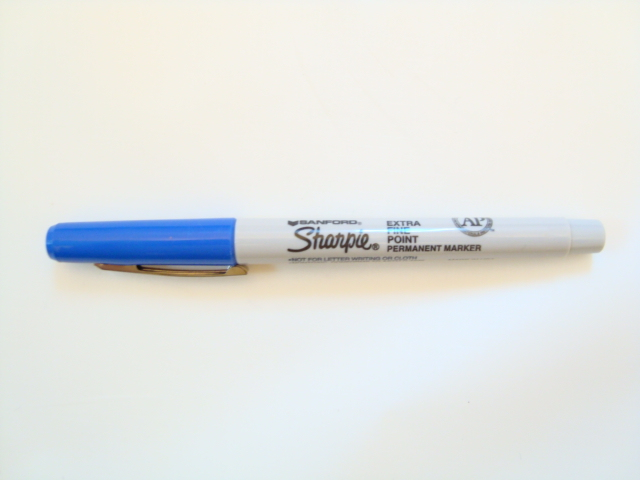 Sharpie Fine Point Permanent Marker (Blue)